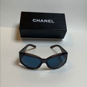 Chanel Mother of Pearl Sunnies RARE PURPLE FRAMES